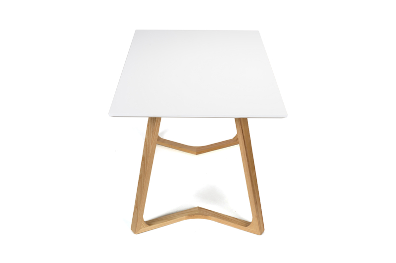Stół CLEGG